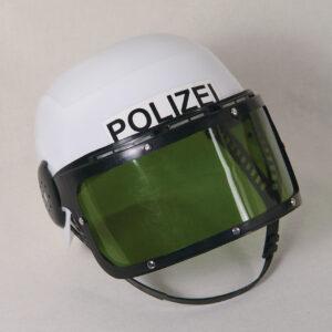 Polizeihelm mit Klappvisier