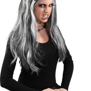 Emilia,schwarz-weiß